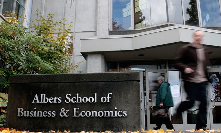 Executive Mba Council Prospective Emba Students Program Highlights Program Profiles United States Seattle University